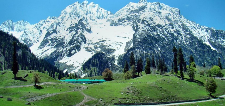 kashmir tours by Jazzmin Travels