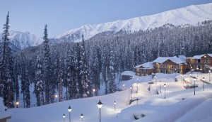 Winters in Kashmir? Can you imagine more beautiful than this?