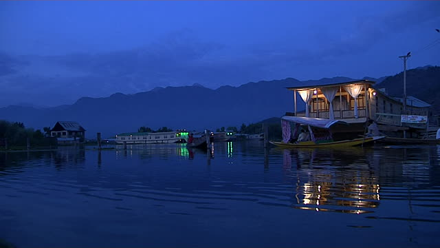 Spellbound evening at Dal Lake. What else a honeymoon couple could wish for?