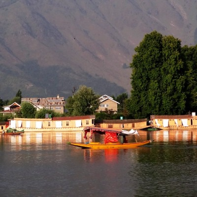 Kashmir tour packages by jazzmin travels are awesome